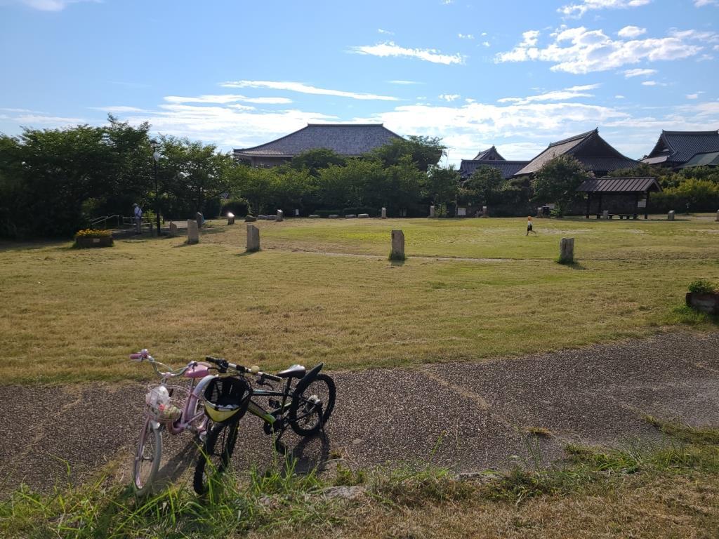 聖徳太子の墓所とされる「叡福寺」
