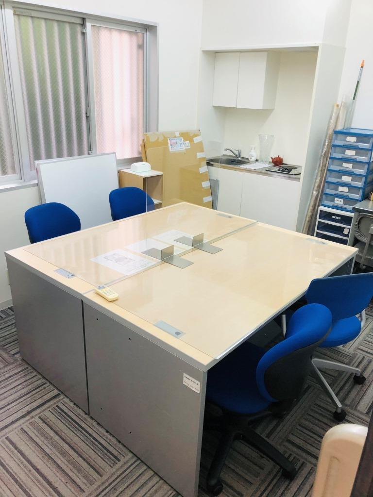『∞KON ROOM』(インフィニットコンルーム)の会議室スペース